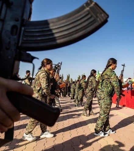 D7ac9b kurds in syria x220