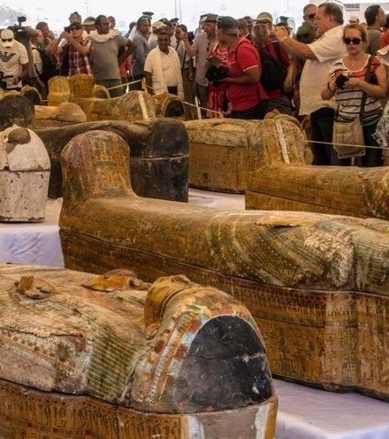 F30fc7 mummies ancient egypt x220