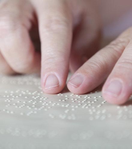 75b055 world braille day 1 x220