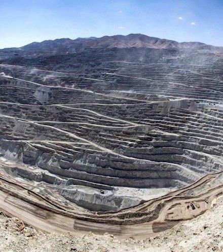 07d47a codelco chuquicamata open pit mine x220