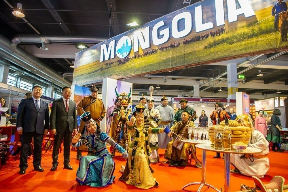 """Цюрих хотноо болсон """"FESPO"""" үзэсгэлэнд Монгол Улс анх удаа түнш орноор оролцжээ"""