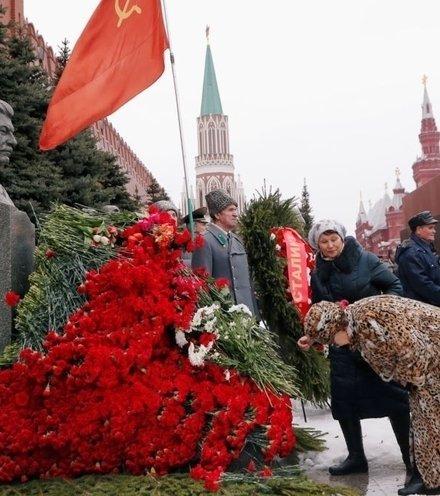 Ca0ab5 stalin anniversary 1 x220