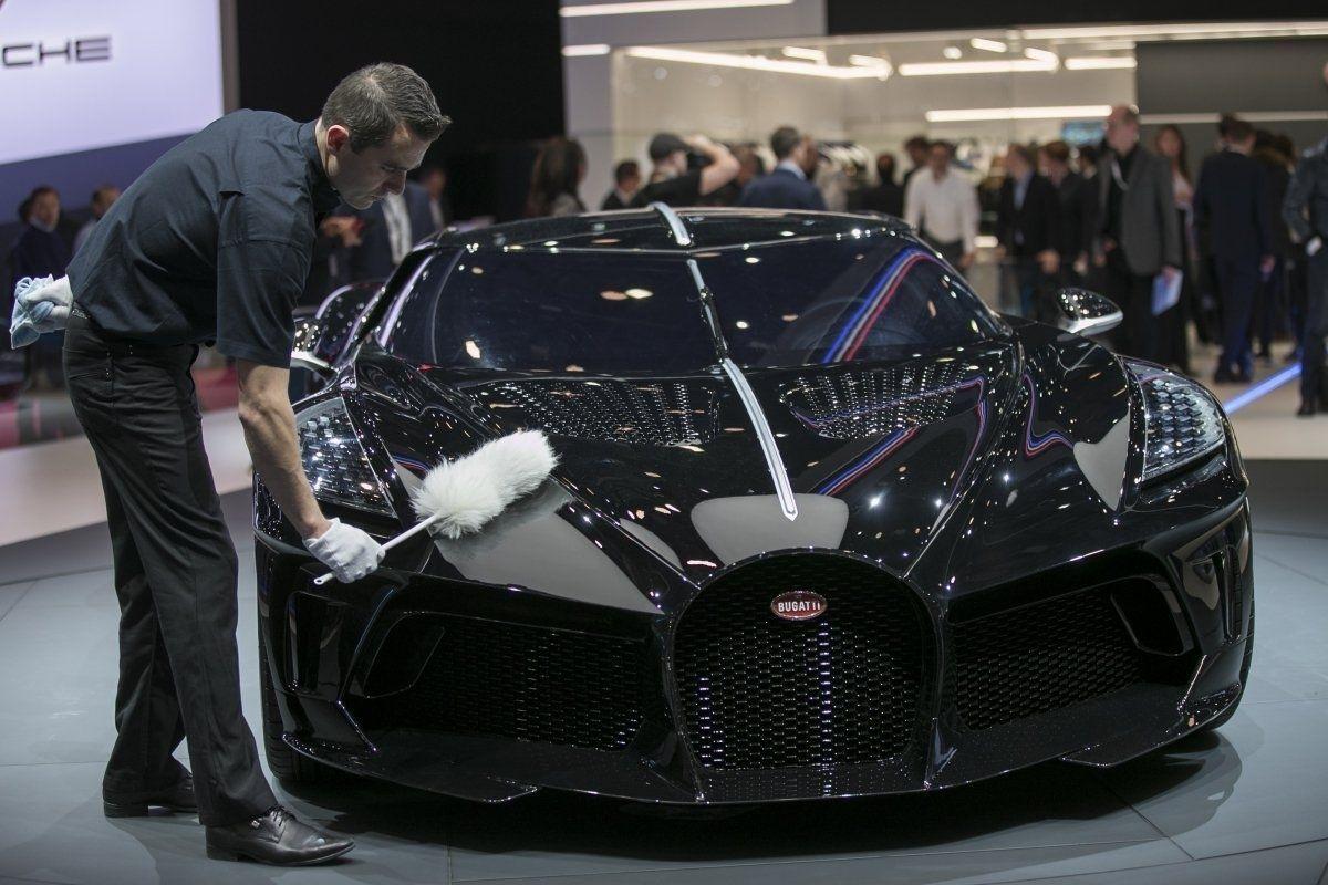 """Bugatti """"La Voiture Noire"""" түүхэнд хамгийн өндөр үнээр зарагдсан шинэ автомашин боллоо"""
