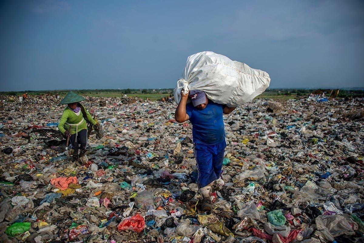 Зүүн Өмнөд Ази хуванцар хог хаягдлын хамгийн том цэг болсныг судалгаагаар нотолжээ