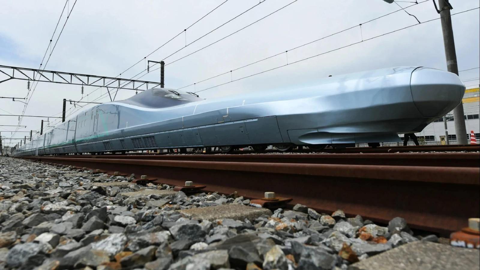 Японд дэлхийн хамгийн хурдан галт тэргийг туршиж эхэллээ