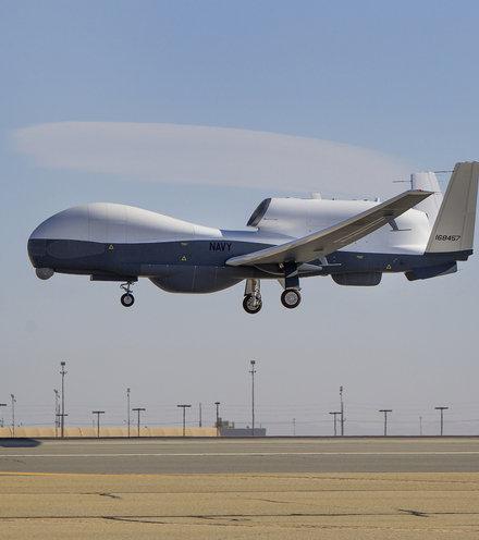 6e57e2 mq 4c triton flight testing x220