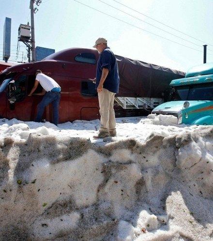 8289be mexico hail storm x220