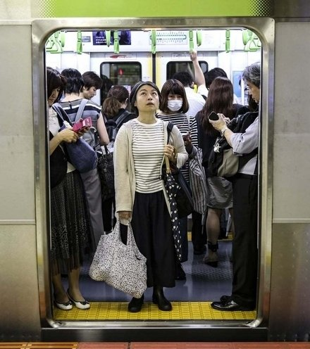 72f58a tokyo metro x220
