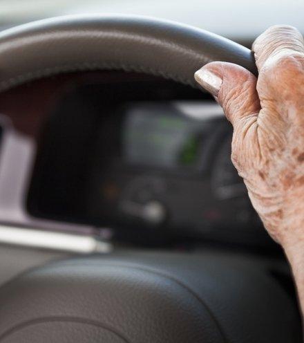 9f861f elderly drivers x220