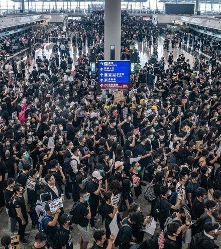 6dbab8 hong kong protest 22 x220
