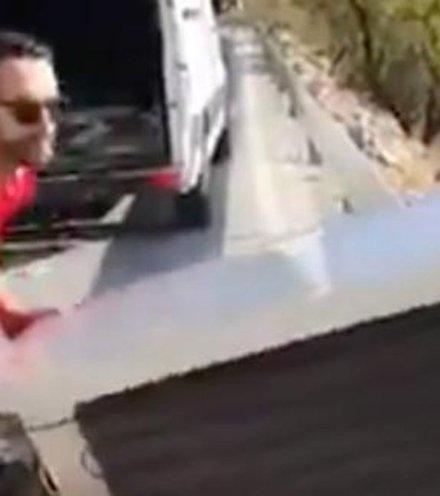 7ccff0 spain threw fridge off cliff x220