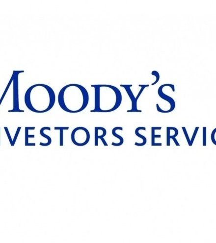 4c03a7 moodys logo big x220