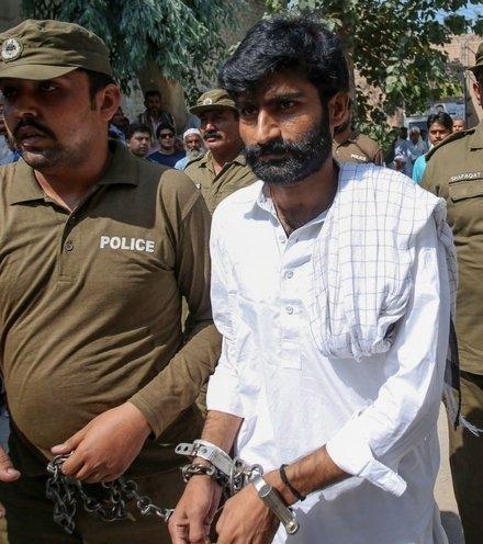 Fe59b8 pakistani honour killing x220