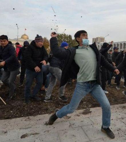 Txu7os kyrgyz protest 5 x220