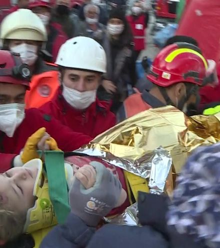 5iyk60 turkey 3 years old girl earthquake x220