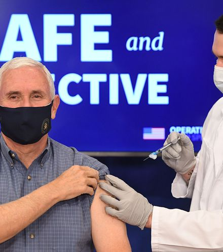 Ahwfgw mike pence vaccine x220