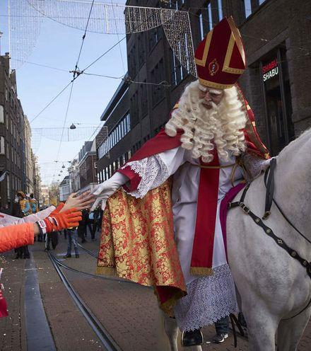 Xnujza belgium santa claus x220