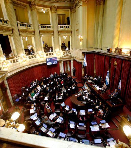 Wg4mb2 argentina parlament x220