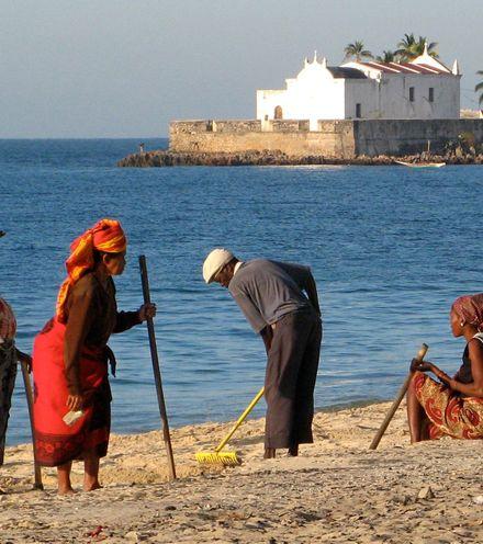 Cdk890 mozambique hidden debt crisis x220