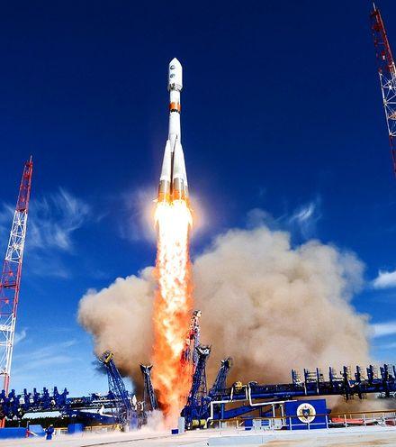 P0f279 soyuz m spacecraft x220