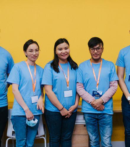 Lmrxt4 songuuli hackathon people ulaanbaatar 2020 sunikophoto ublife 1800px 35 x220