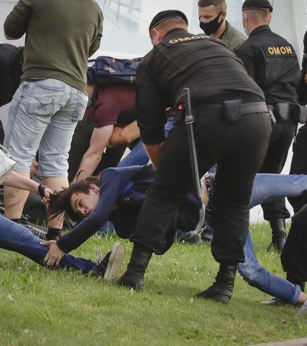 Gr45hl belarus protest x220