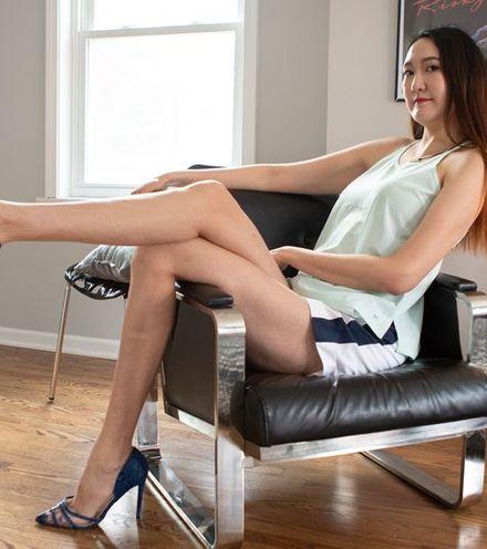 V8el7p long leg girl from mongolia x220