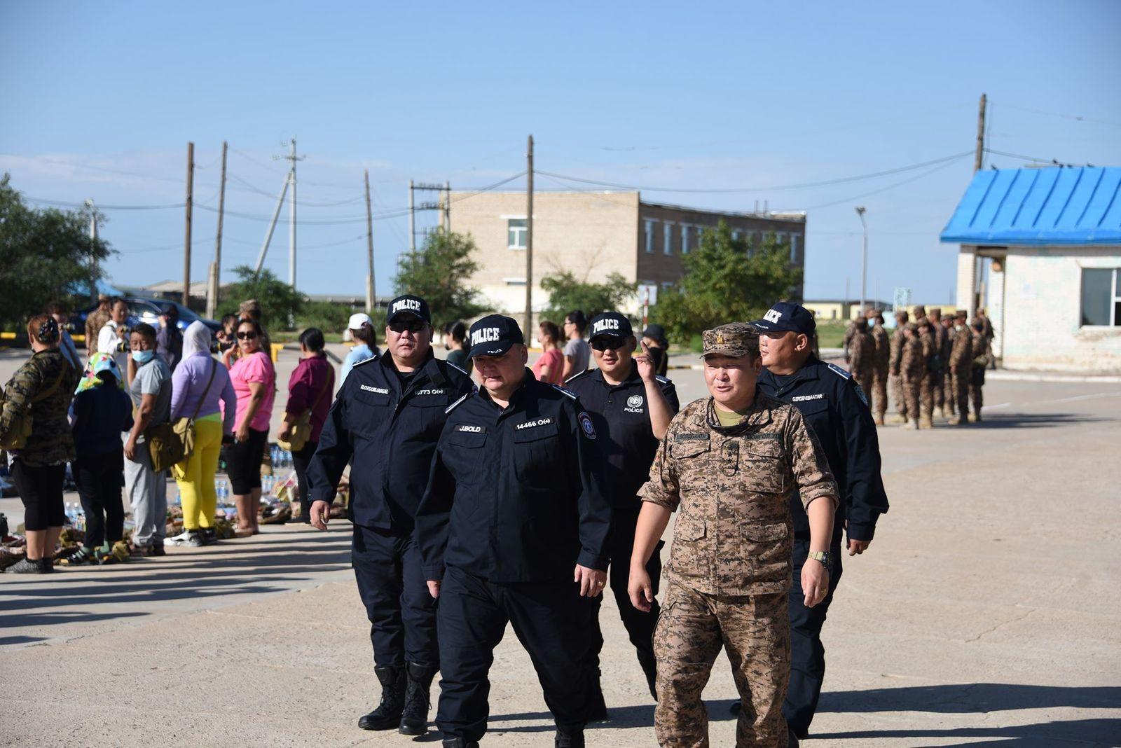 Цагдаагийн ерөнхий газрын удирдлагууд төмөр замын бүтээн байгуулалтын ажлын явцтай танилцлаа