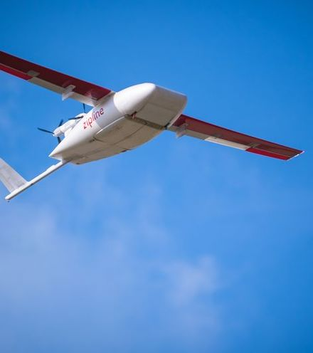 Iu3oyn zipline drone delivery x220