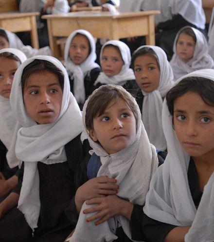 O04bhg afghani girls x220