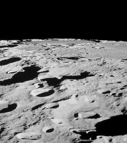 Ws4srx lunar surface x220
