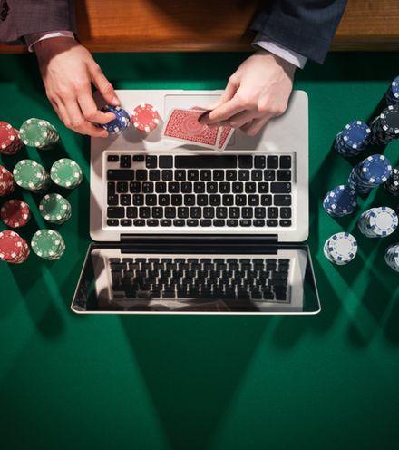 Z0um9x online gambling 1 x220