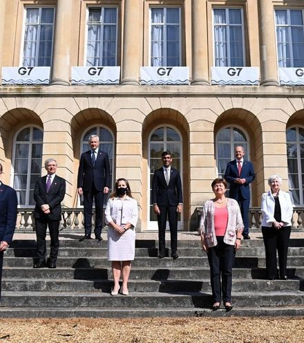 Mh267e g7 finance ministers x220