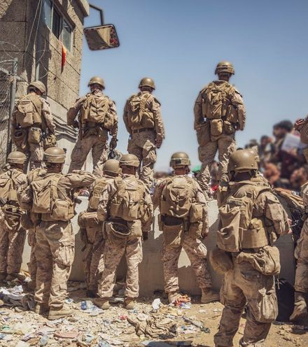 8azfgn afghanistan us soldiers x220