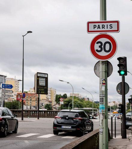 2fl64d paris speed limit x220
