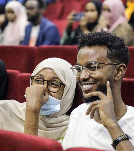 Wzch03 somali cinema recovery x220